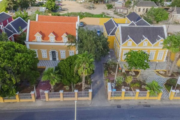 Curacao Real Estate Investments